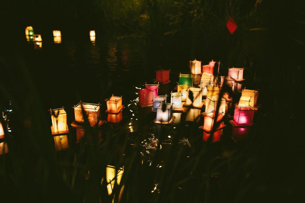 Bateaux lumineux lanterne